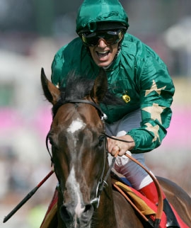 Authorized beat a top-quality field in the 2007 Juddmonte International Stakes at York