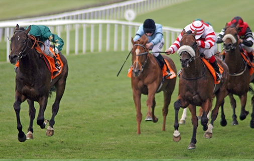 Sayif (left) is beaten a mere short head by Classic Blade in the Gr.2 July Stakes at Newmarket's July Course in 2008